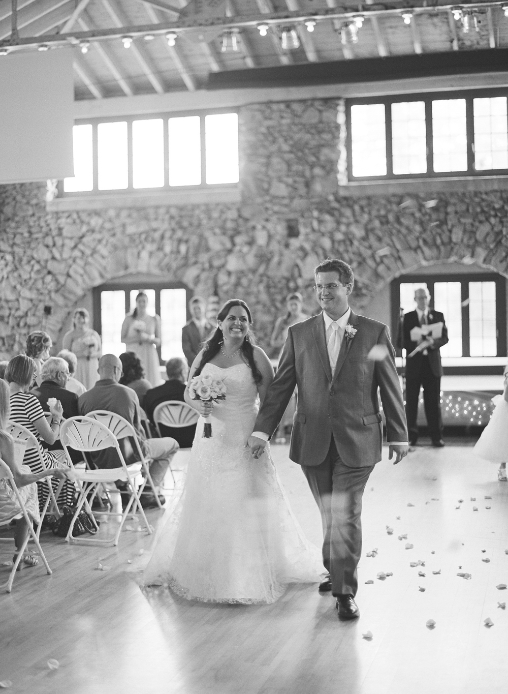 Wisconsin_Wedding_Photographers_025.jpg