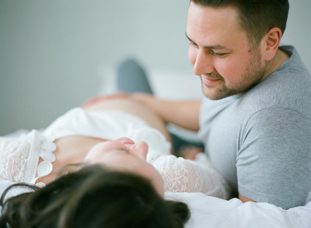 wausau-maternity-photography-film-013.jpg