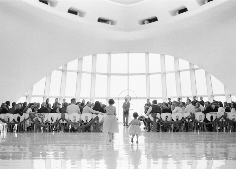 Milwaukee_Art_Museum_Wedding_032.jpg