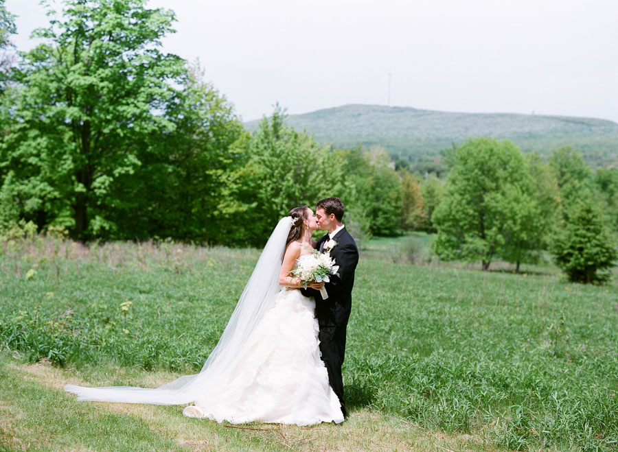 Rothschild_Pavilion_Wausau_Wedding_018.jpg