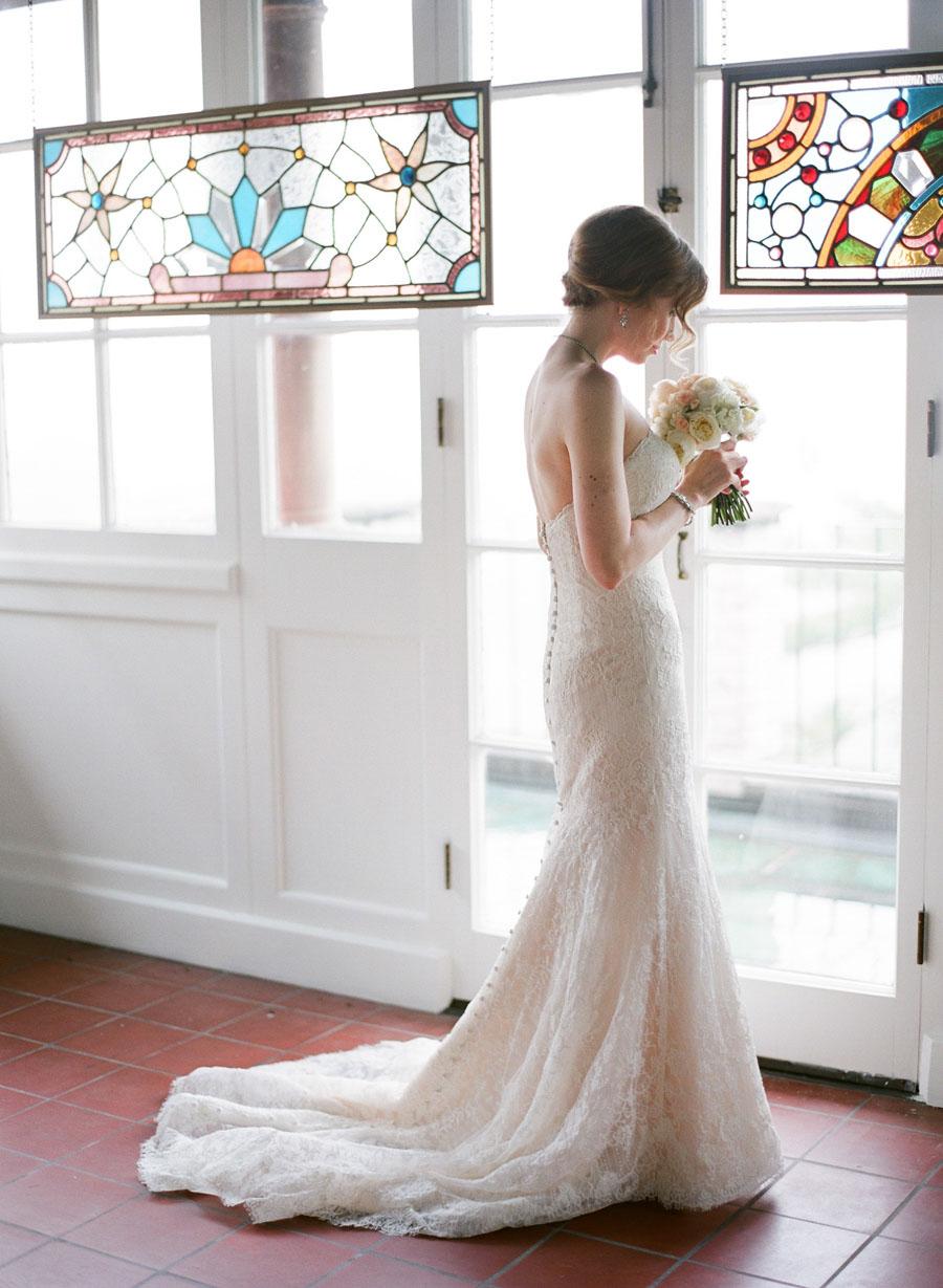 bride getting ready for Villa Terrace brunch wedding in Wisconsin