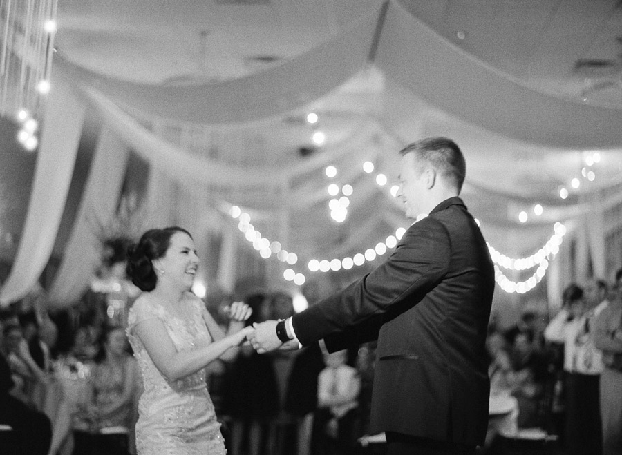 Wausau_Wedding_Photography_060.jpg