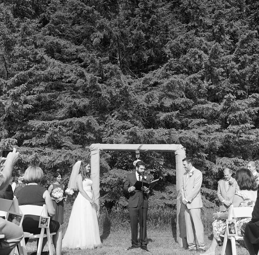 Wausau_Farm_Wedding_014.jpg