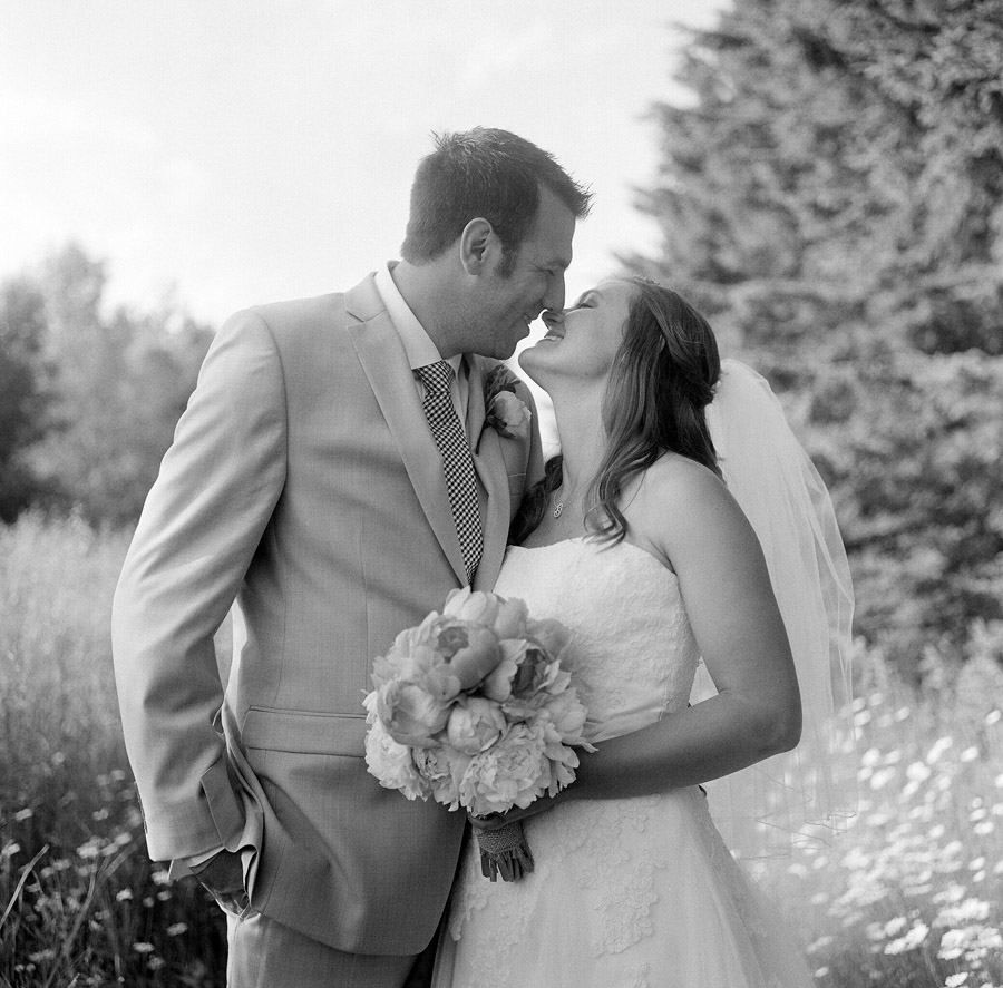 Wausau_Farm_Wedding_027.jpg