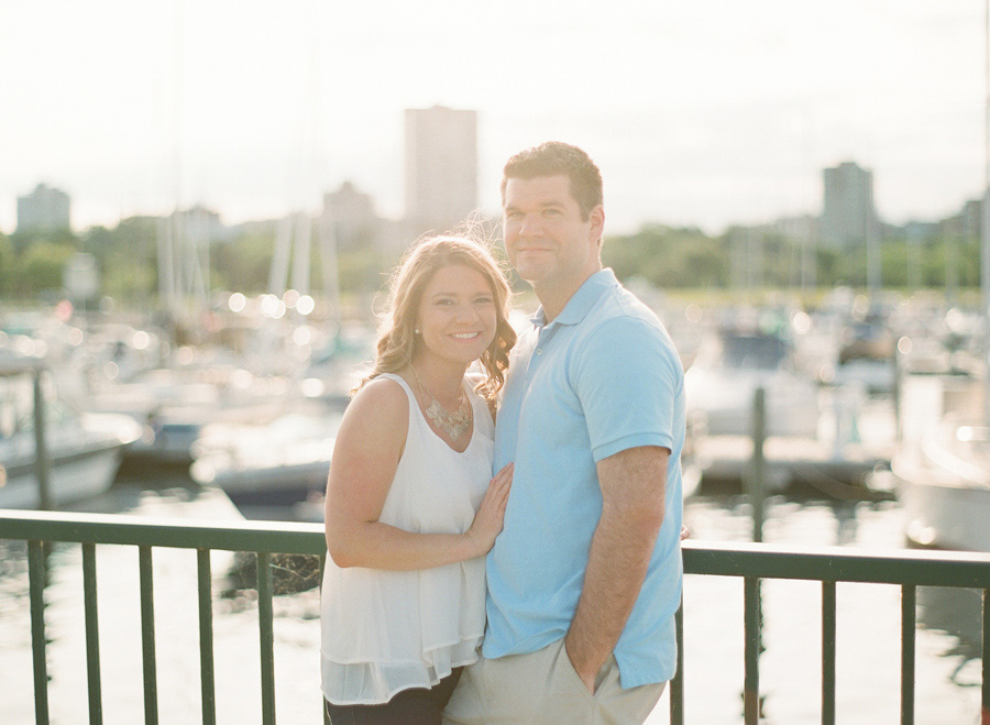 Milwaukee_Engagement_Photographer_008.jpg
