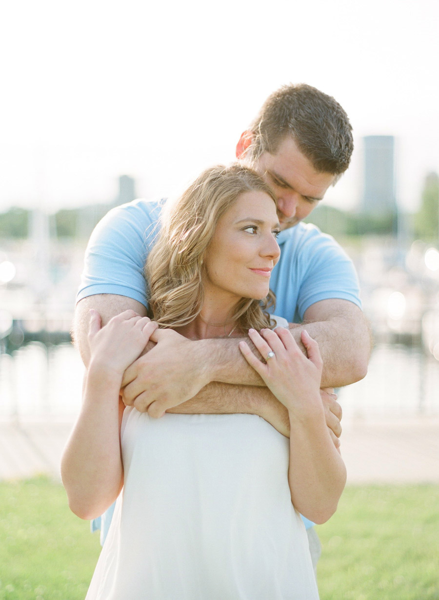 Milwaukee_Engagement_Photographer_010.jpg