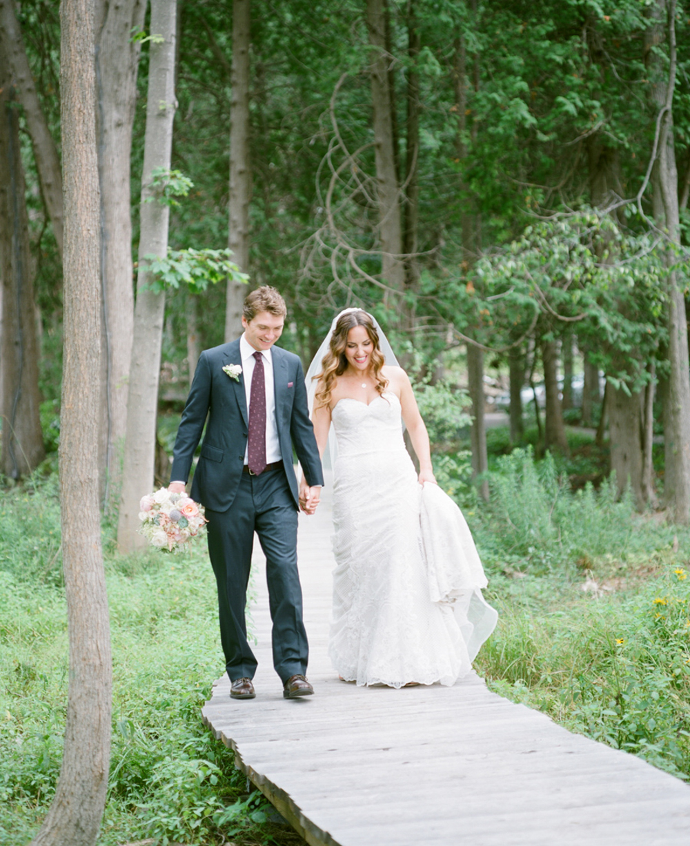 Horseshoe_Bay_Farms_Egg_Harbor_Wedding017.jpg