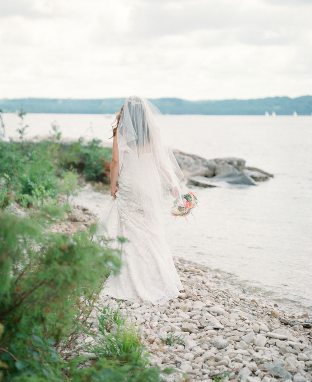 Horseshoe_Bay_Farms_Egg_Harbor_Wedding021.jpg