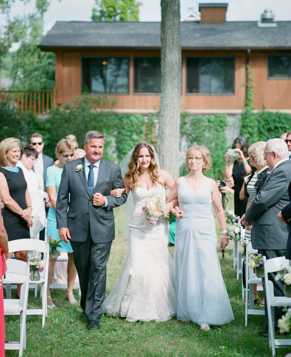 Horseshoe_Bay_Farms_Egg_Harbor_Wedding033.jpg