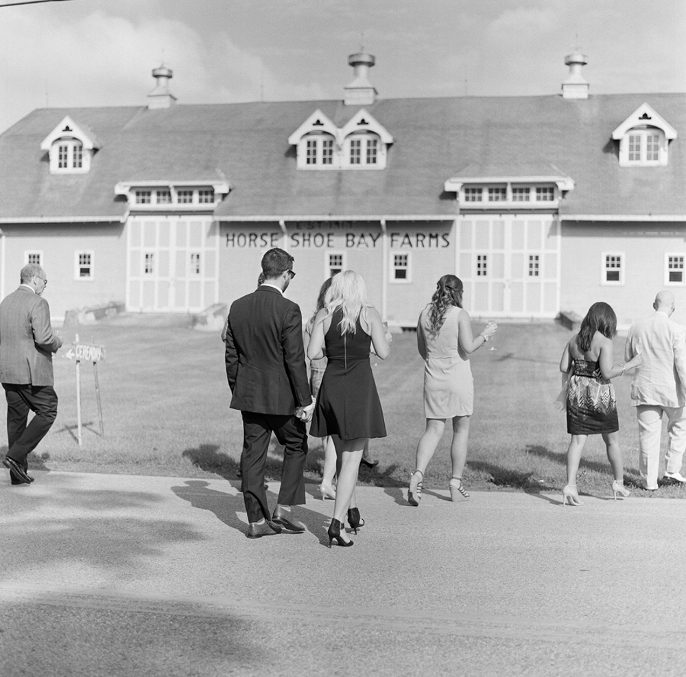 Horseshoe_Bay_Farms_Egg_Harbor_Wedding040.jpg