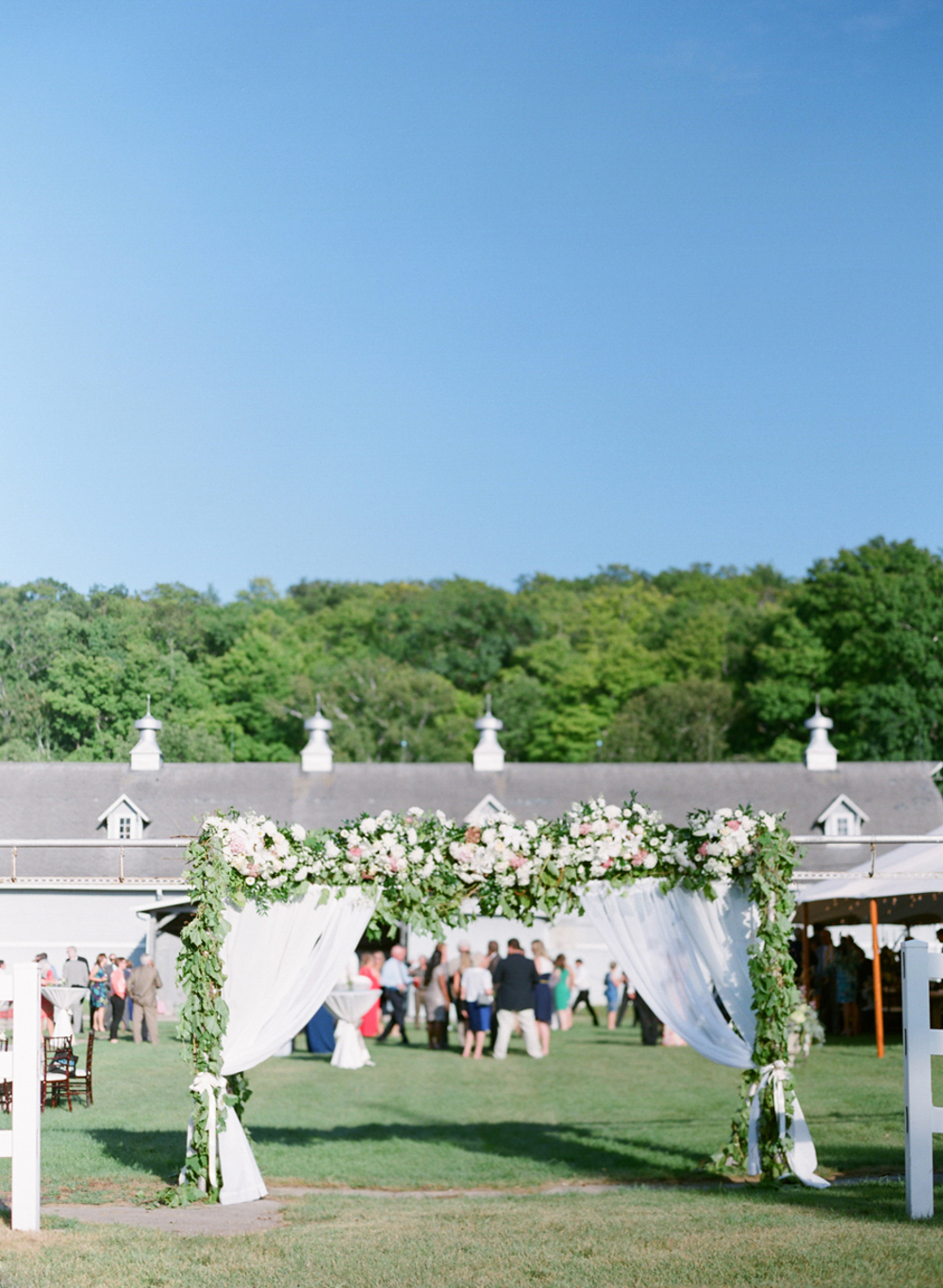Horseshoe_Bay_Farms_Egg_Harbor_Wedding052.jpg