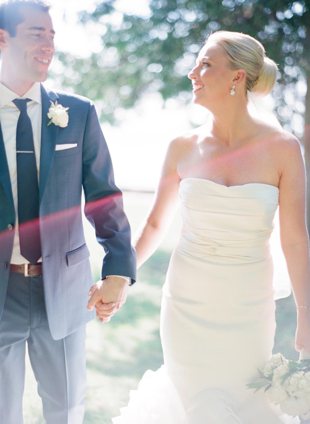 About_Thyme_Farm_Door_County_Wedding_022.jpg