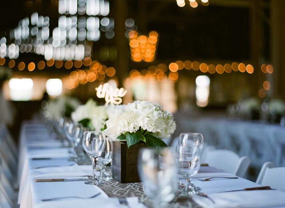About_Thyme_Farm_Door_County_Wedding_045.jpg