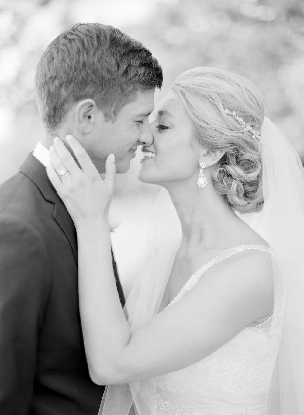 Troy_Burne_Golf_Club_Wedding_Photographer_16.jpg