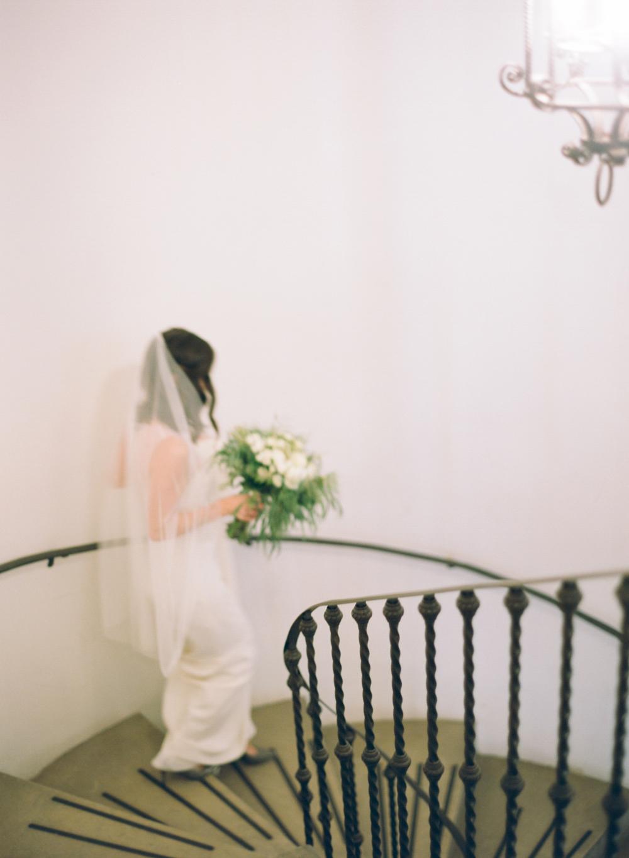 Villa_Terrace_Museum_Wedding_Photographer_007.jpg