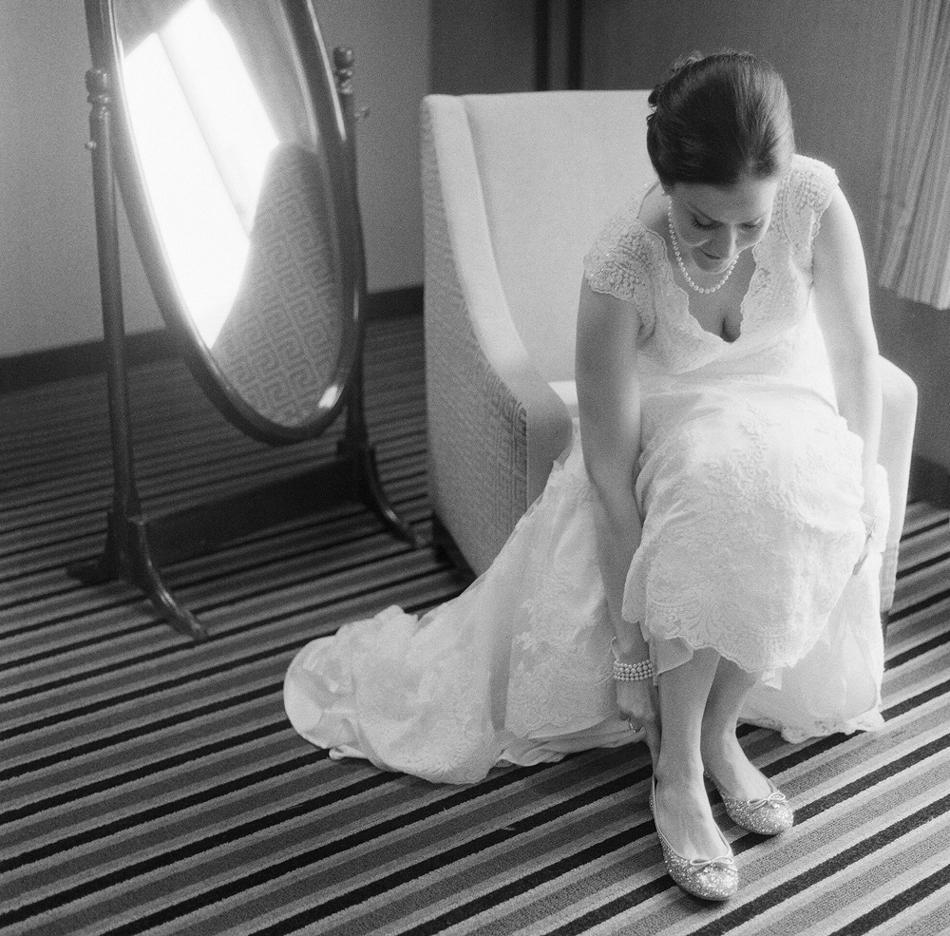 Madison_Wisconsin_Wedding_Photographer_008.jpg