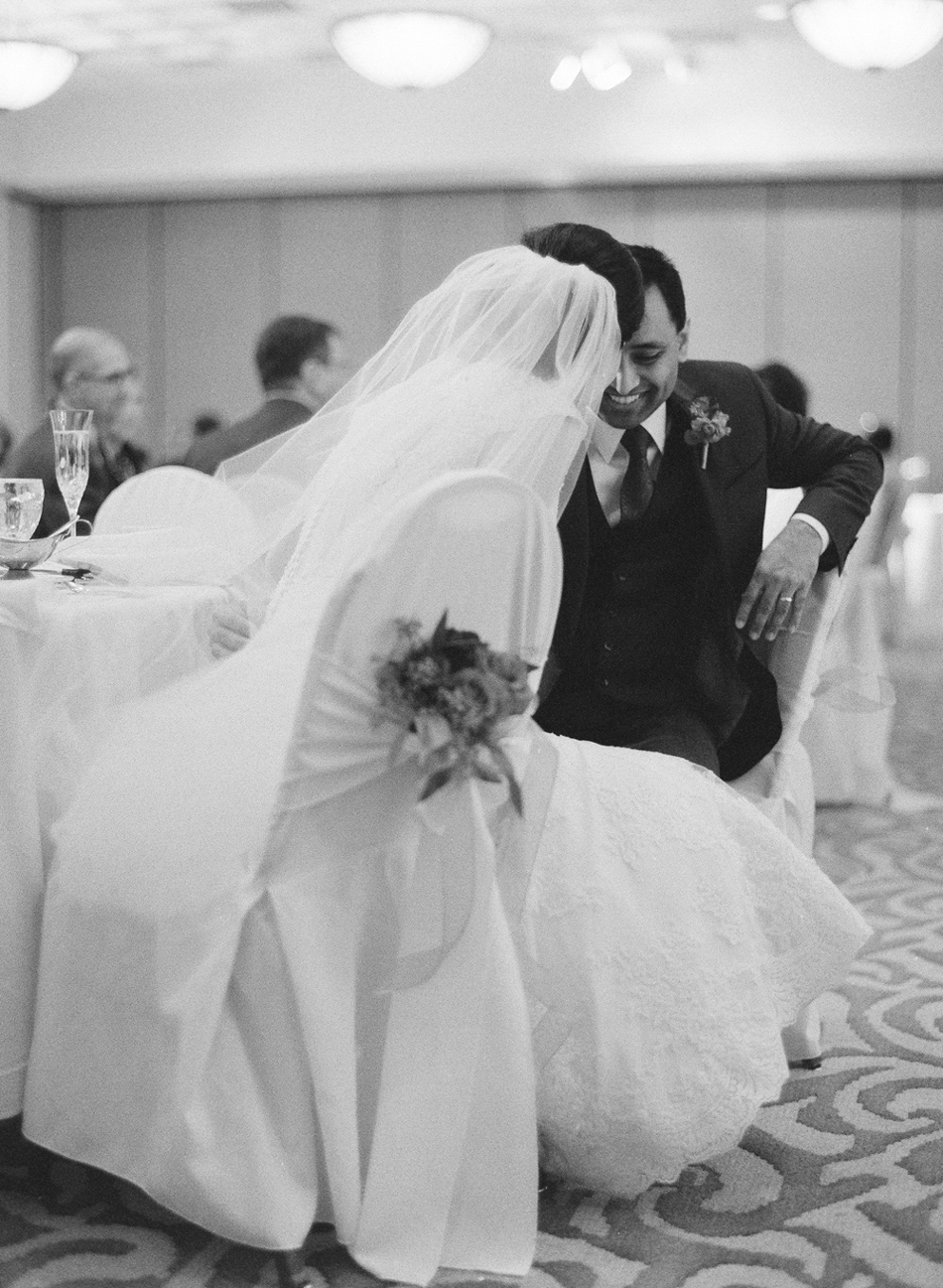 Madison_Wisconsin_Wedding_Photographer_037.jpg
