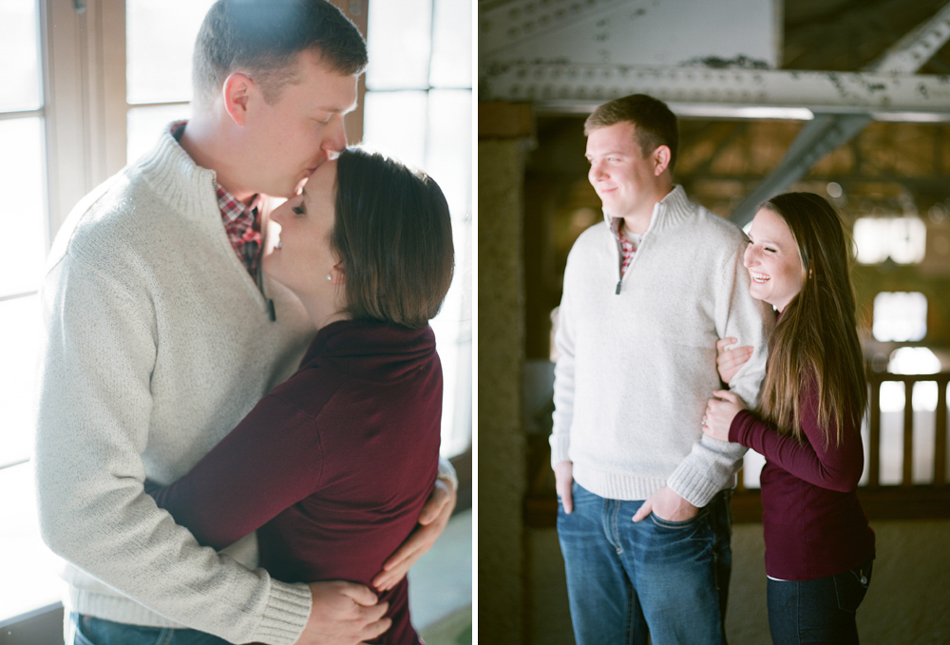 Wisconsin_Winter_Engagement_Wausau_Photographer_003.jpg