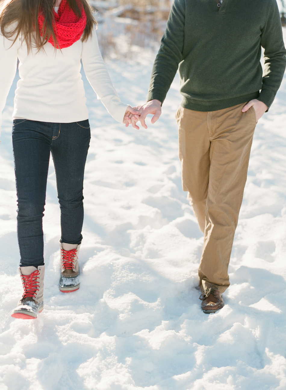Wisconsin_Winter_Engagement_Wausau_Photographer_010.jpg