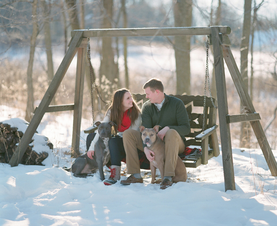 Wisconsin_Winter_Engagement_Wausau_Photographer_009.jpg