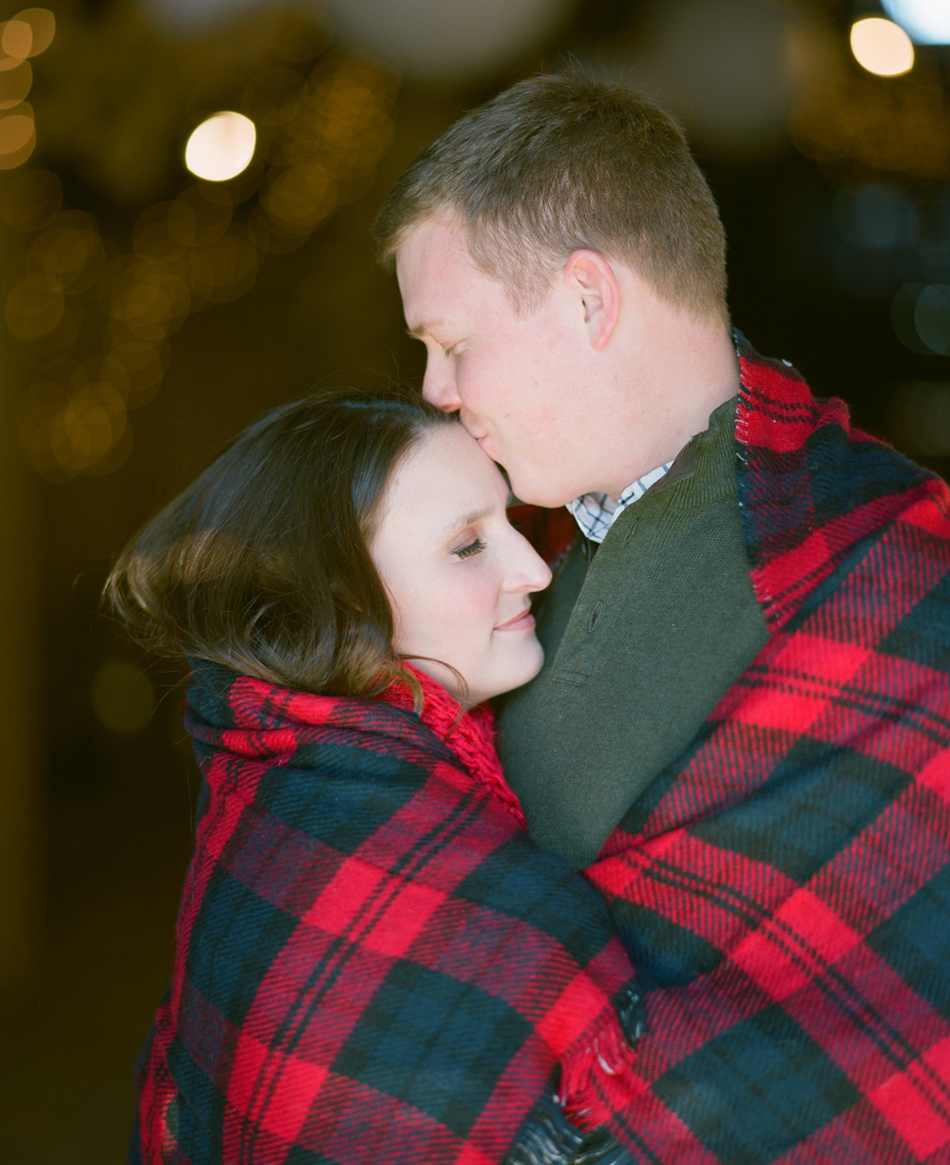 Wisconsin_Winter_Engagement_Wausau_Photographer_015.jpg