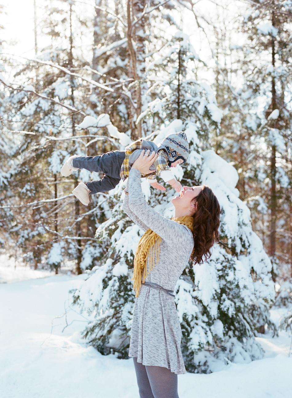 Winter_Family_Photography_Wisconsin_005.jpg