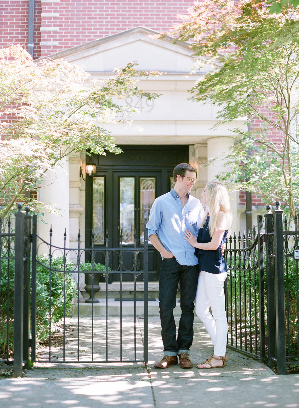 Chicago_Engagement_Photography_Lincoln_Park_001.jpg