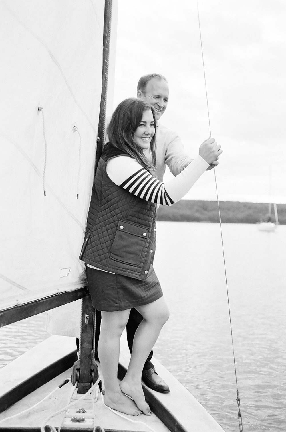 door_county_sailboat_engagement_photos_017.jpg