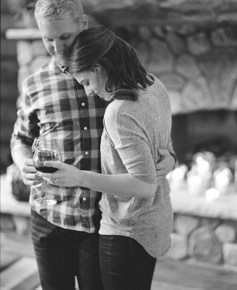 Cozy-Northwoods_WI_Engagement_010.jpg