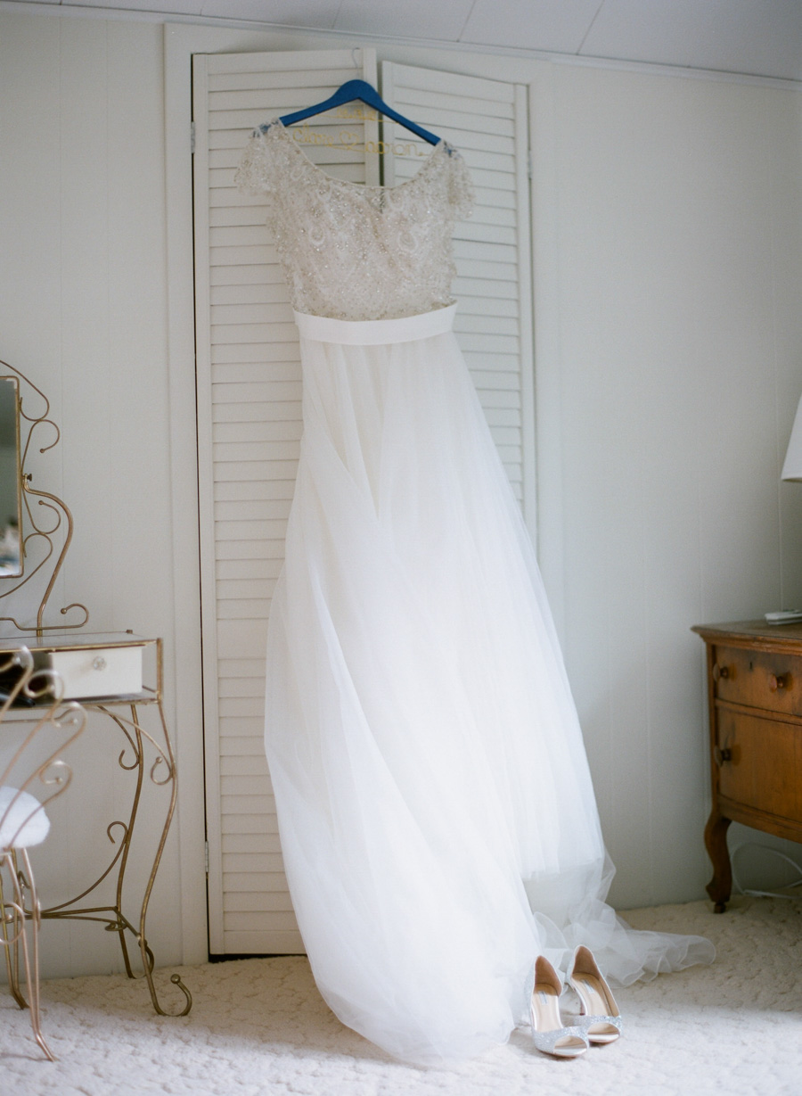 door county wedding getting ready