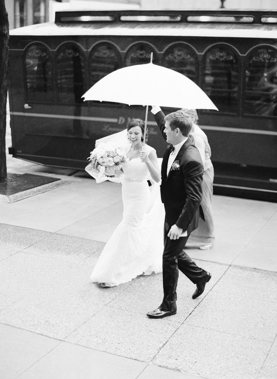 034-grain-exchange-milwaukee-wedding.jpg