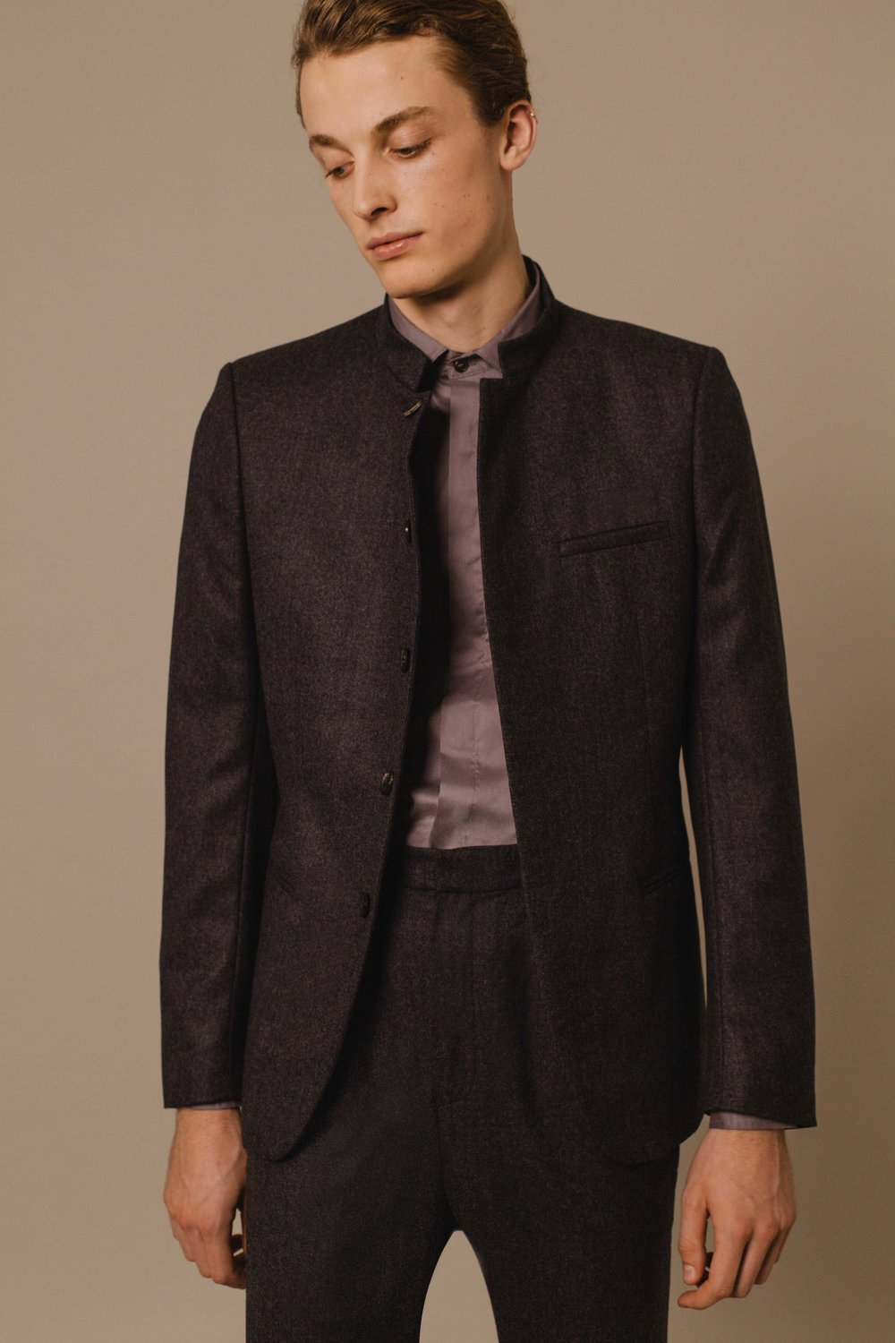 Bombay jacket charcoal wool Slim fit trousers charcoal wool Classic shirt grey Made in Italy