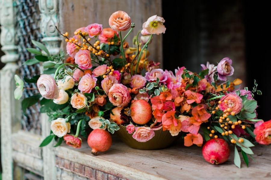 Florals: Amy Osaba