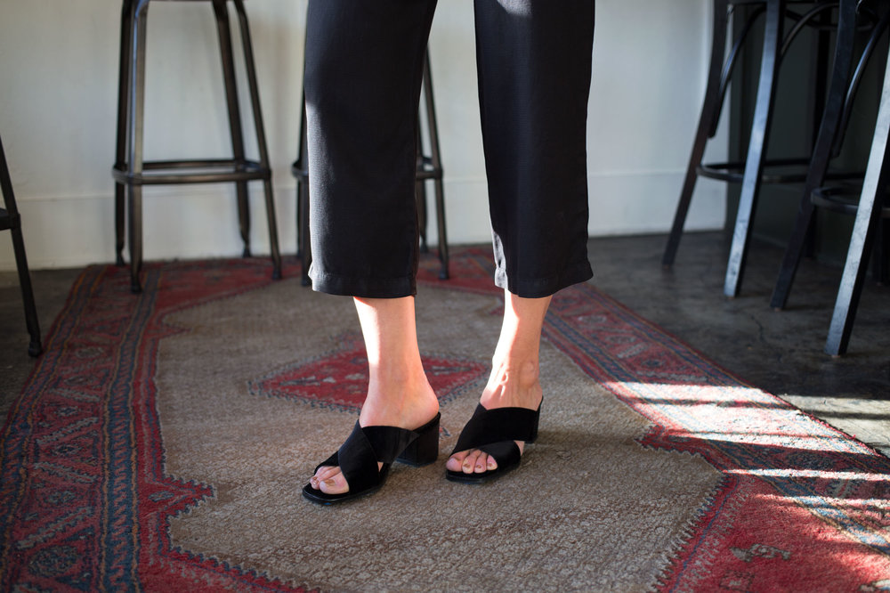 solsana tilda black velvet mule pipeandrow seattle eve fremont