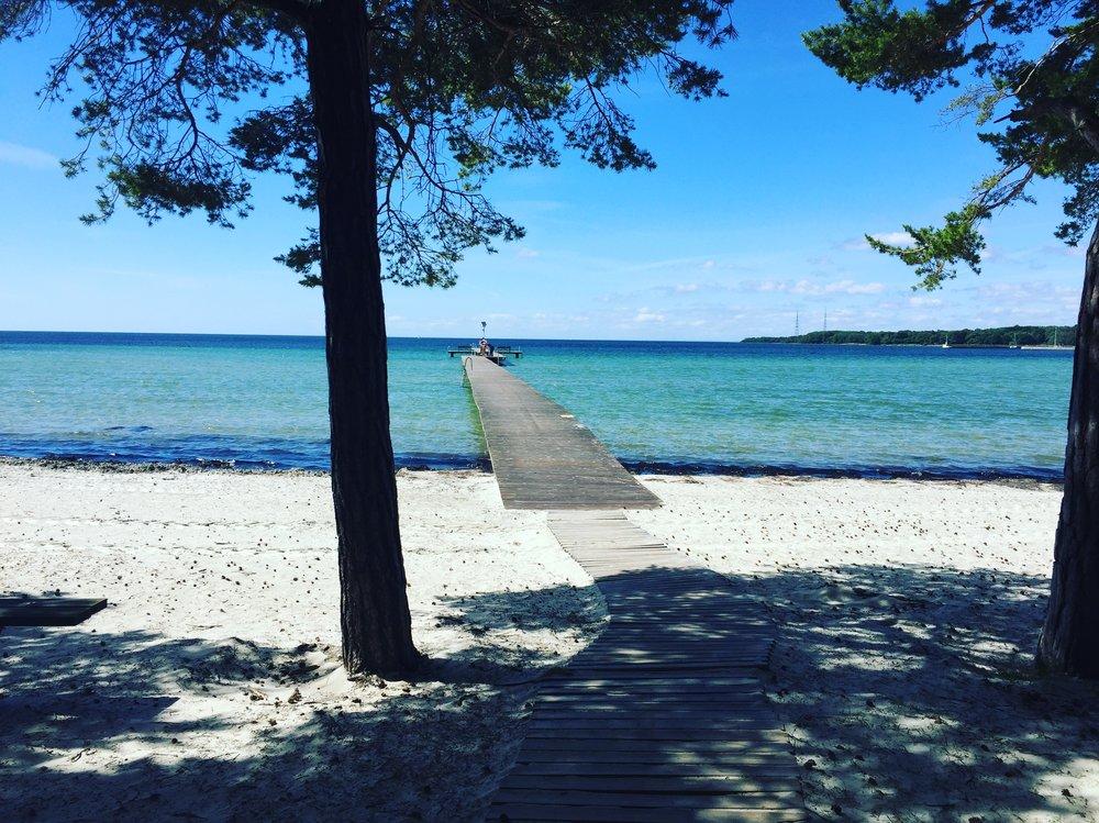 Stranden hällevik.JPG