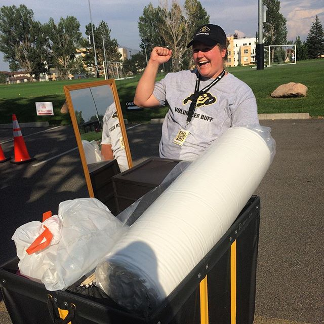 Liz is SO excited to help students move in! #skobuffs
