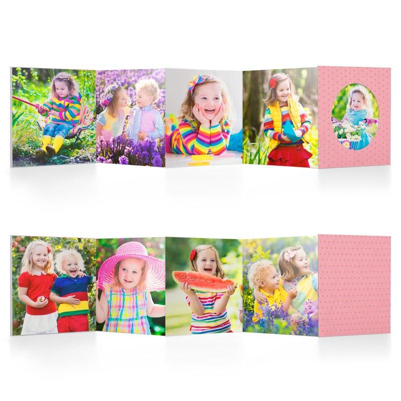 LIL BOOK - rosa - Mini fotolibro a fisarmonica da 8,5X8,5 cm, disponibile in 4 colori, stampato in cartoncino spesso e dalla copertina rigida con pois a rilievo. Lil Book è un album foto pieghevole che ti permette di inserire fino a 9 scatti. Puoi provare il layout a foto piena (ideale per matrimoni, compleanni o altre ricorrenze), oppure quello con grafiche azzurre o rosa pensato appositamente per i bambini e le bambine.Tipo di carta stampa su cartoncino 300 grFormato 8,5 x 8,5 cmCopertina cartoncino rigido con pois in rilievo€ 9,90