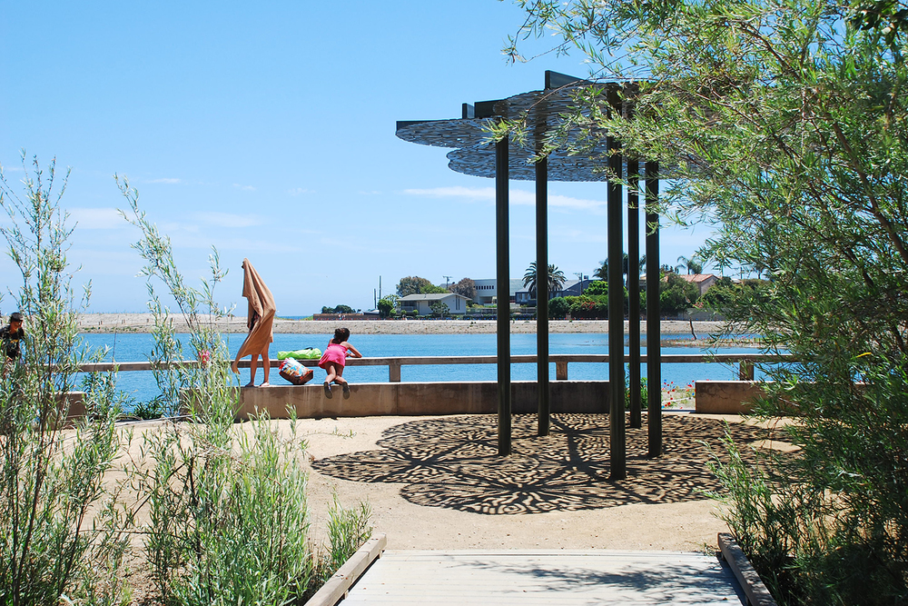 2-rcd-stevens-bunch-design-malibu-lagoon-kelp-canopy-kids.JPG