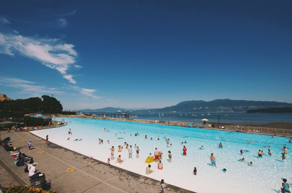 Kitsilano Beach Pool The Local Visitor A Guide To Vancouver From Locals