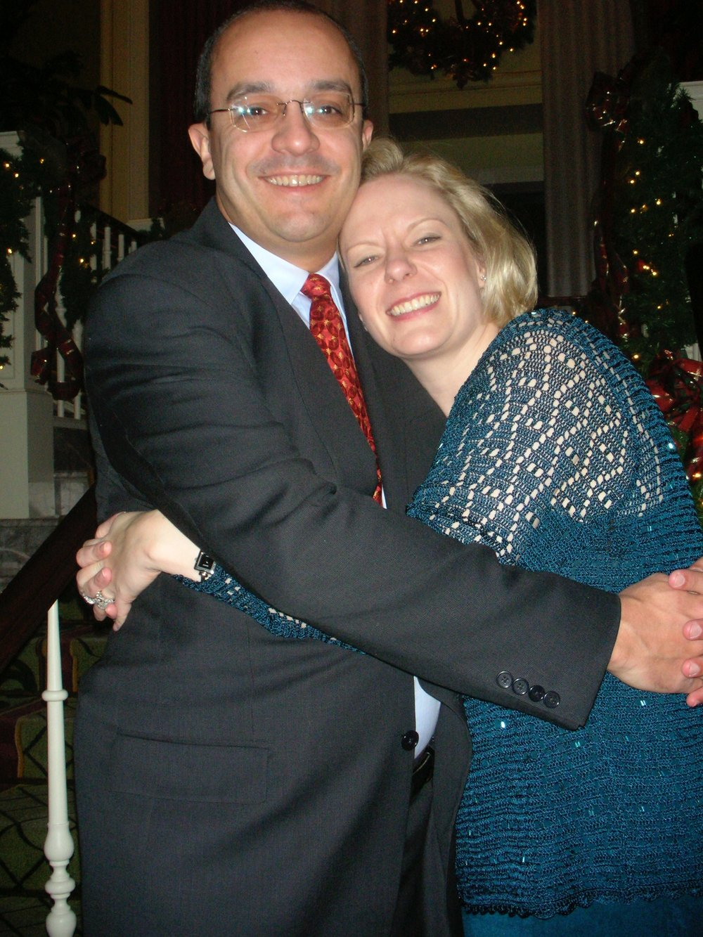 My father and my stepmom Kristen, all cute and everything at Christmastime.