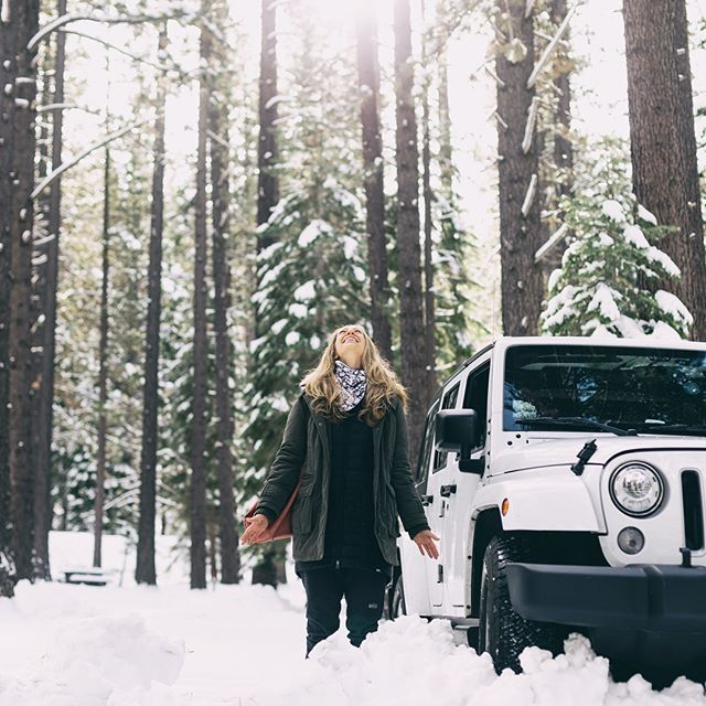 Another epic Tahoe trip in the books with this cute snow bunny @monicalucerowellness.  #wanderlust #passionpassport #liveauthentic #gosomewhere#lifeofadventure #california #cali #norcal #tahoe #southlaketahoe #kirkwood #jeepwrangler #jeeplove #jeepnation #camping #campinglife⛺️