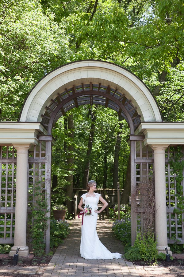 Classic Southern - Louisville Wedding Photographer