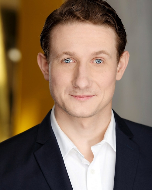 DANIEL ROBBINS - Writer/Actor and Groundlings Improv teacher. *****Click HERE for more info. -