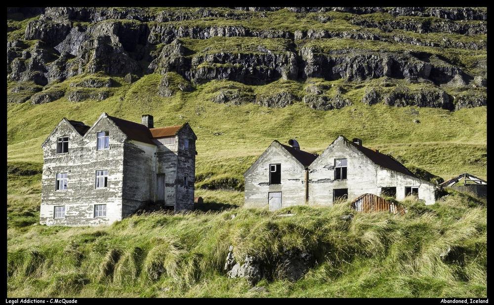 abandoned%2Bfarm%2Bhouse-20147299.jpg