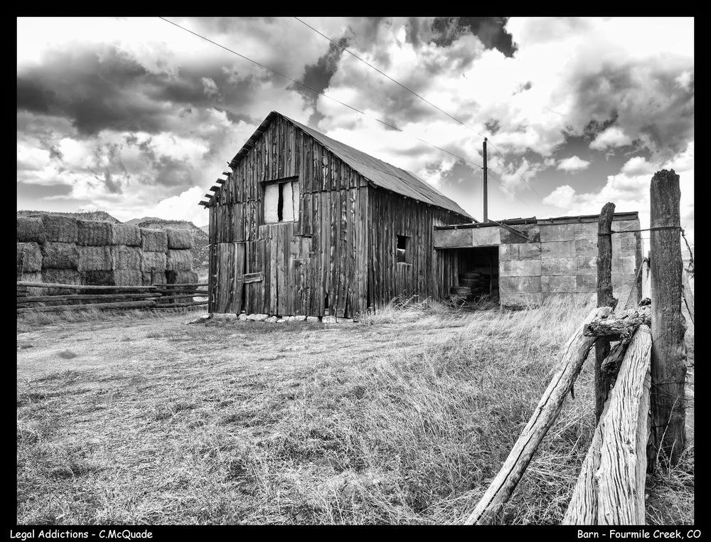 barn+near+shelf+road+bnw-.jpg