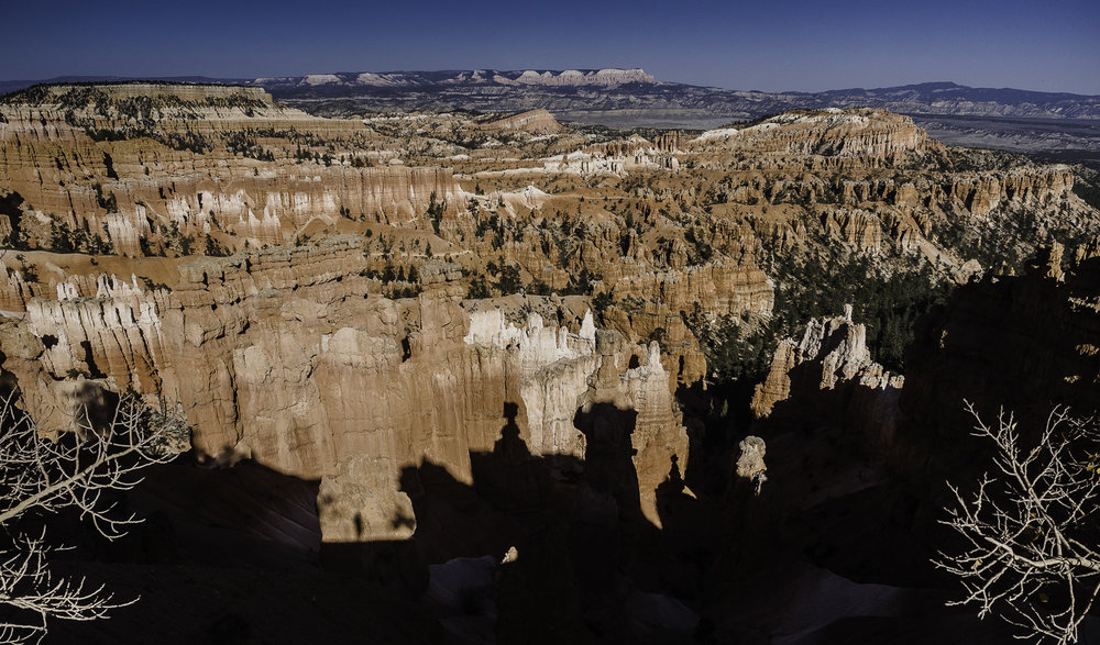 Thor's Hammer in Bryce Canyon - look for it and its shadow