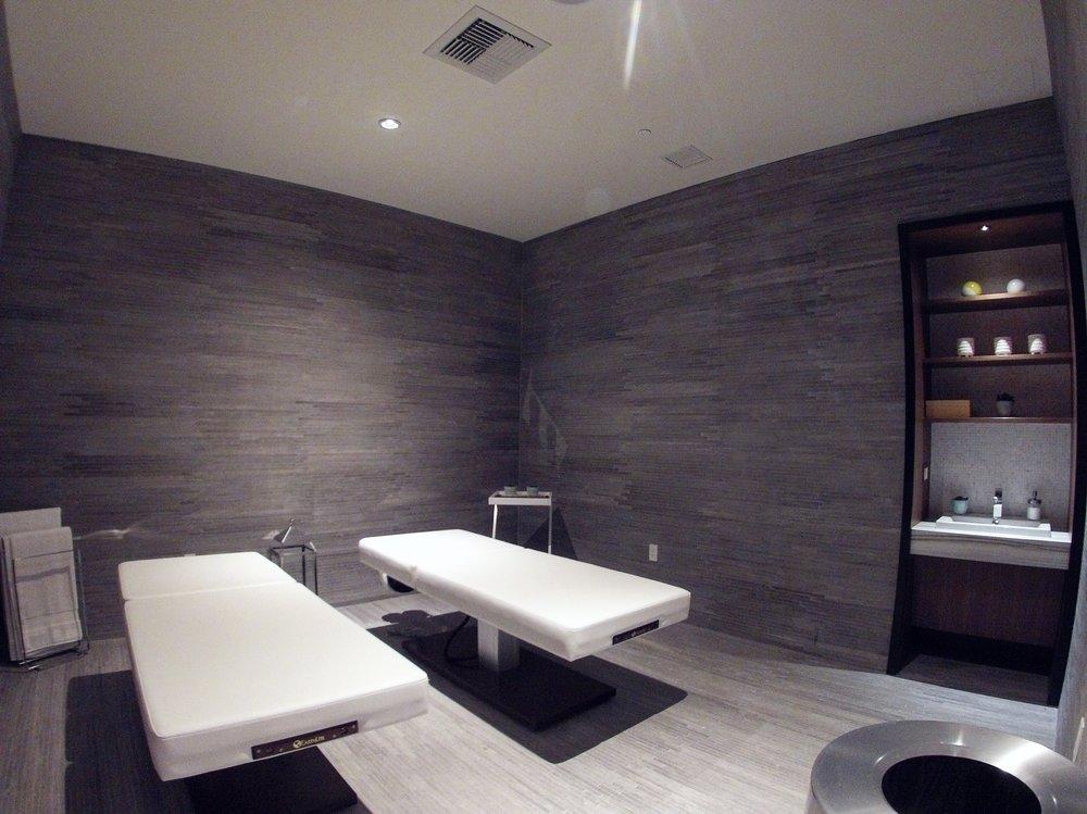 Spa Room.JPG