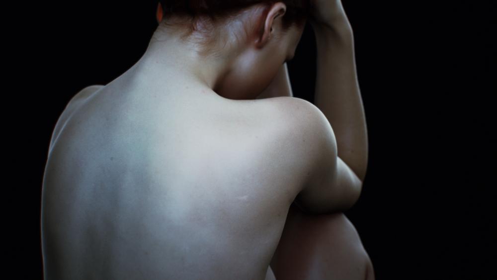 Female_Naked_Sitting.00_00_07_18.Still003.png