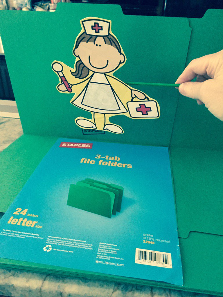 Staples green 3 tab file folders can be used as mini Green Screens