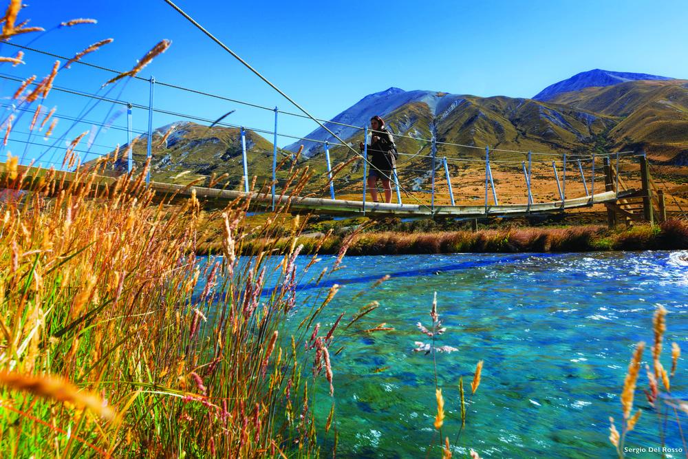 在周圍高地環繞下的Ashburton湖,圖中的濕地曾在影片《指環王》三部曲中出現。